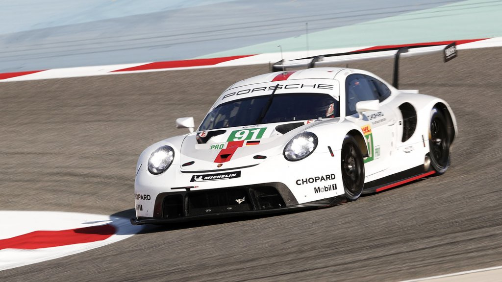De #91 Porsche 911 RSR