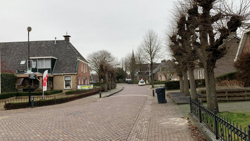 Straatbeeld in Garijp.