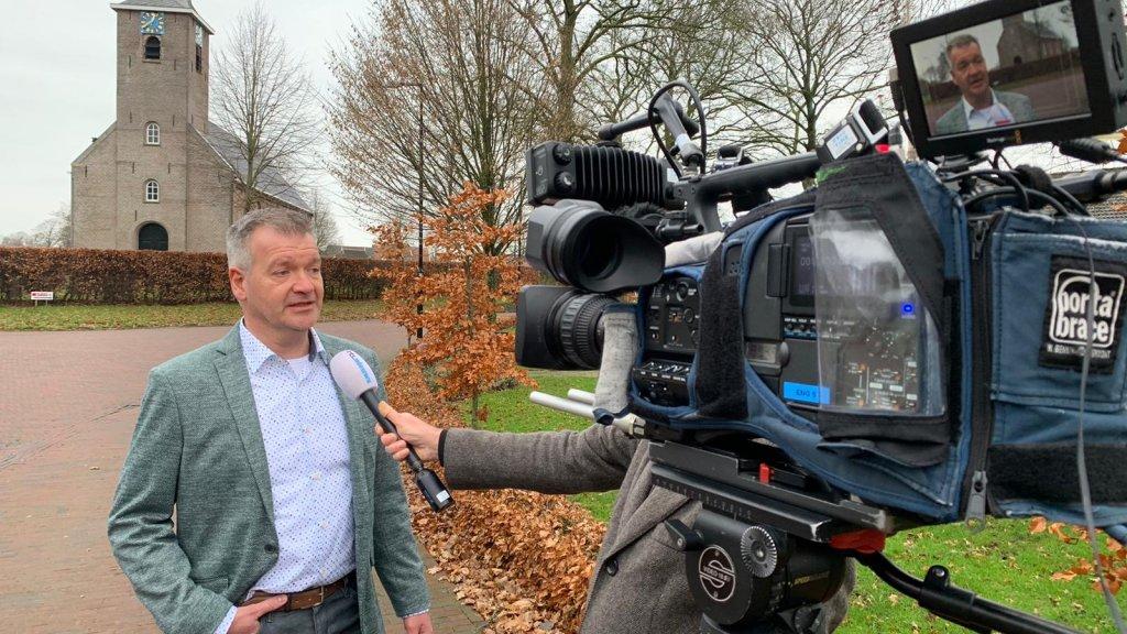 Projectleider Jacob Miedema: ''Aanpak oudere woningen gaat meer tijd en geld vergen''. (Tekst gaat door onder de foto)