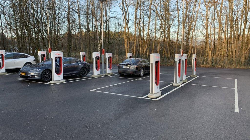 14500 Superchargers staan er wereldwijd