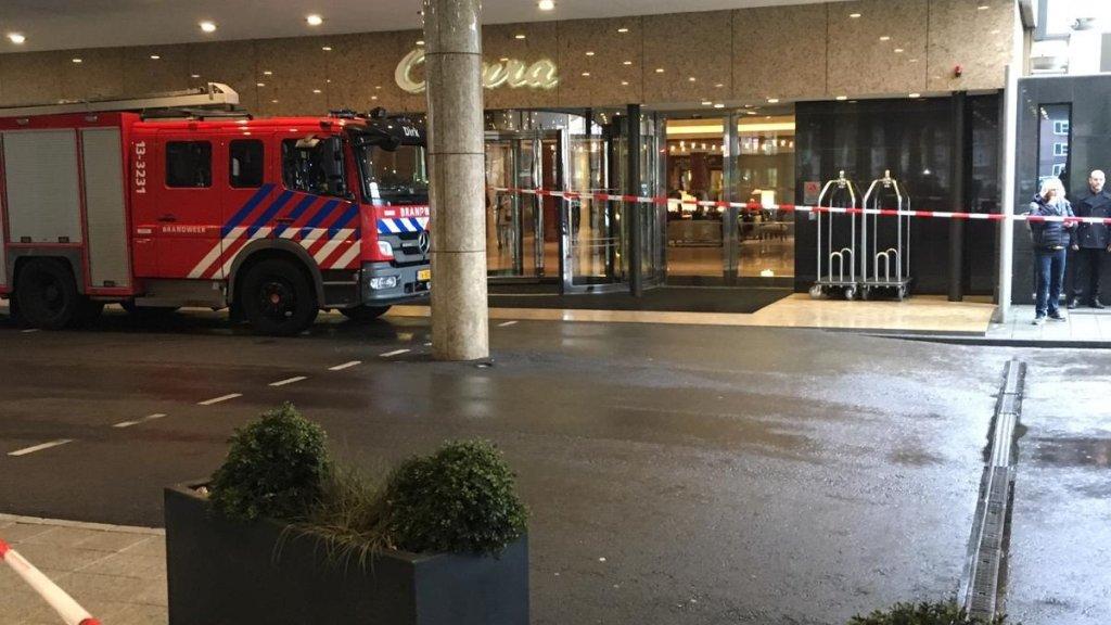 Brandweer voor de deur bij het Okura.
