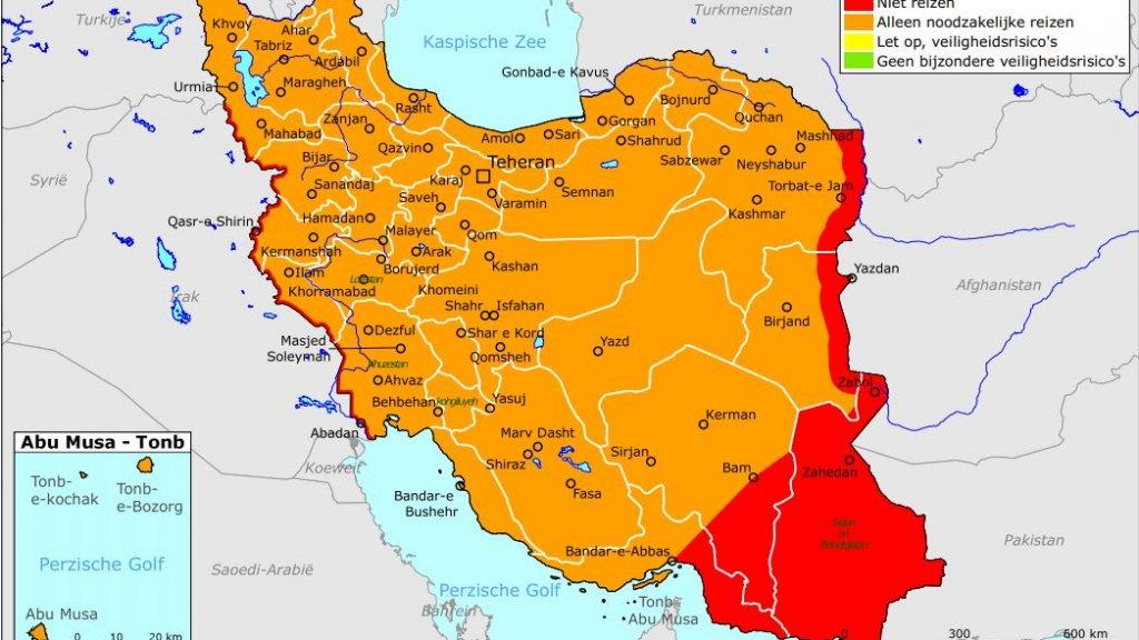 Het kaartje van Iran dat het ministerie verspreidt. Rood betekent 'niet reizen', oranje 'alleen noodzakelijke reizen'.