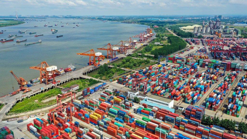De grootste binnenlandse haven van China, Wuhan.