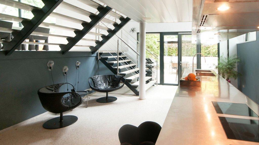De keuken naar ontwerp van de Brit John Pawson.
