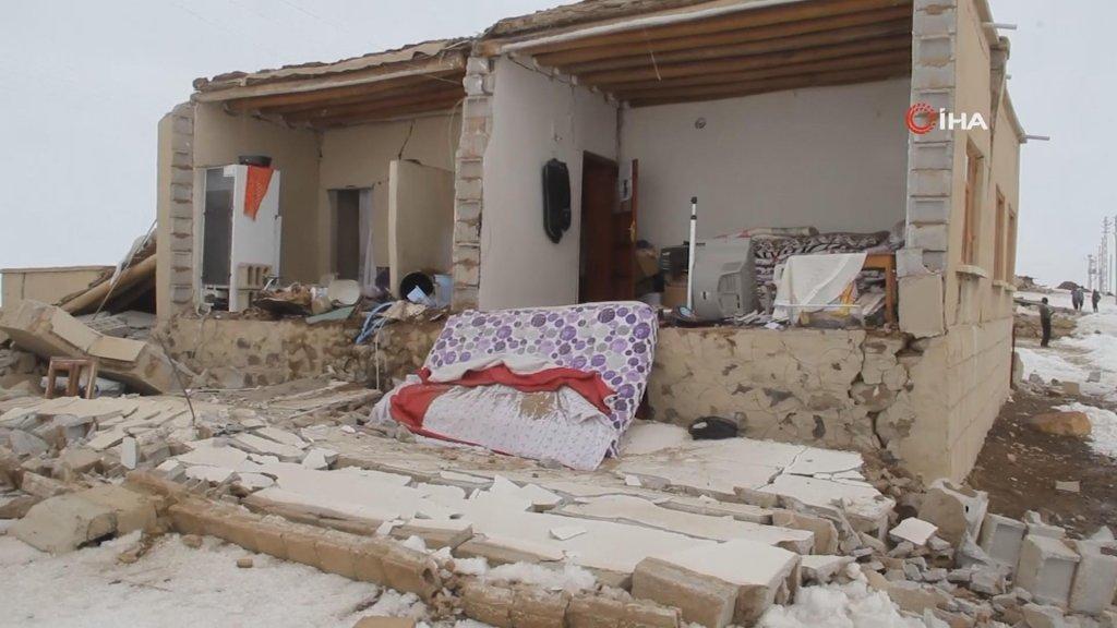 Veel huizen zijn onbewoonbaar geworden.