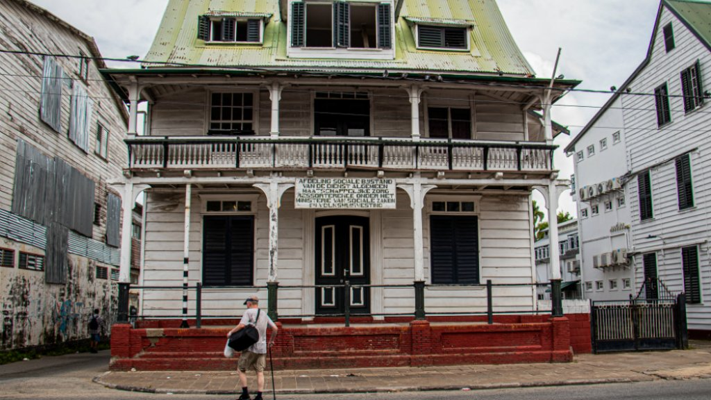 De afdeling sociale bijstand in Paramaribo.