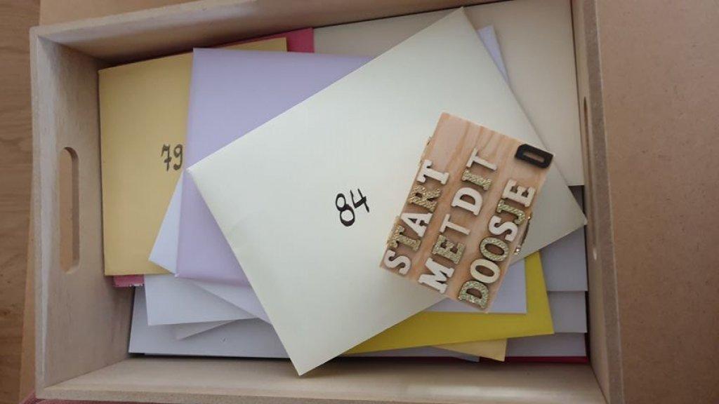 Esther schreef 85 kaarten voor haar moeder
