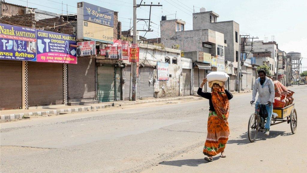 In India zijn alle niet-essentiële winkels dicht