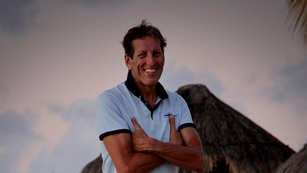 Tim van Dijk woont sinds twee jaar op Sint Maarten.