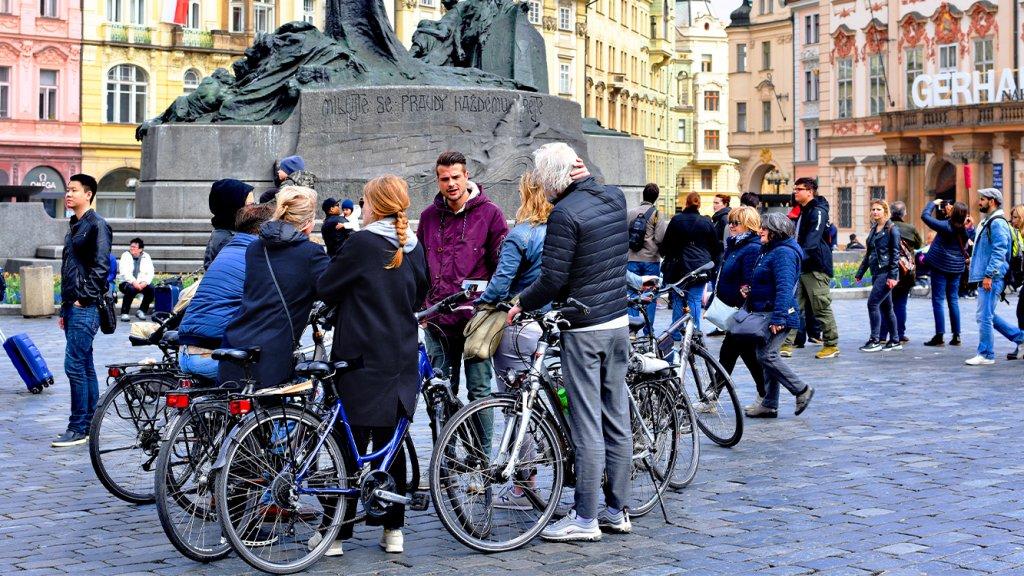 Fietstour in centrum van Praag.