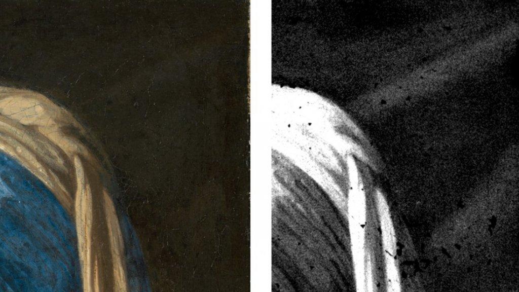 Diagonalen en kleurverschillen in het schilderij wijzen op geplooide stof.
