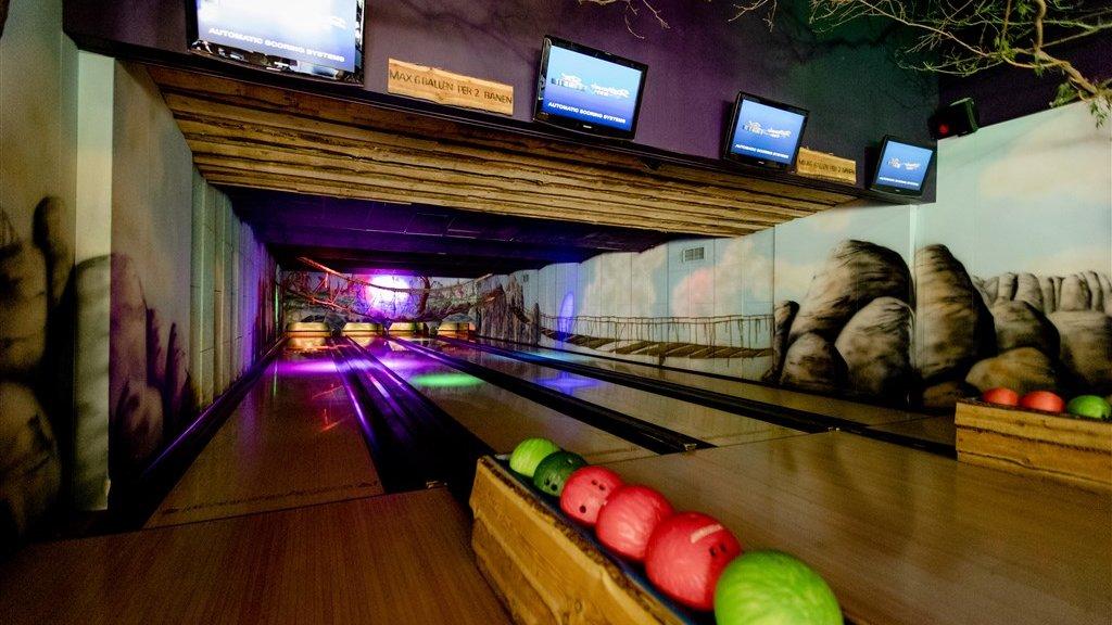 Een bowlingbaan op een vakantiepark