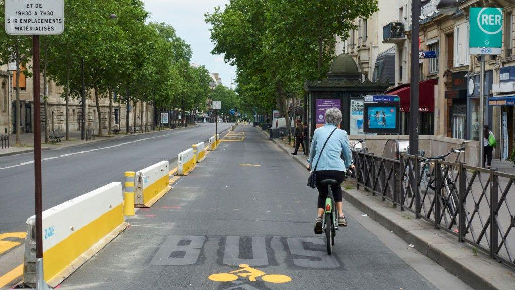 Een tijdelijk fietspad in Parijs