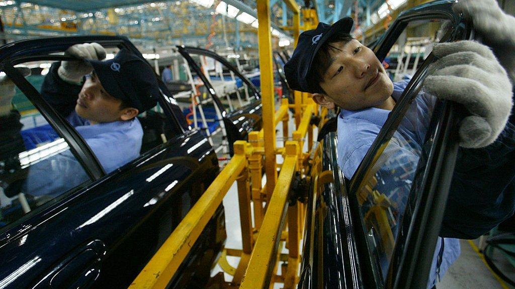 Productie van auto's bij FAW in China