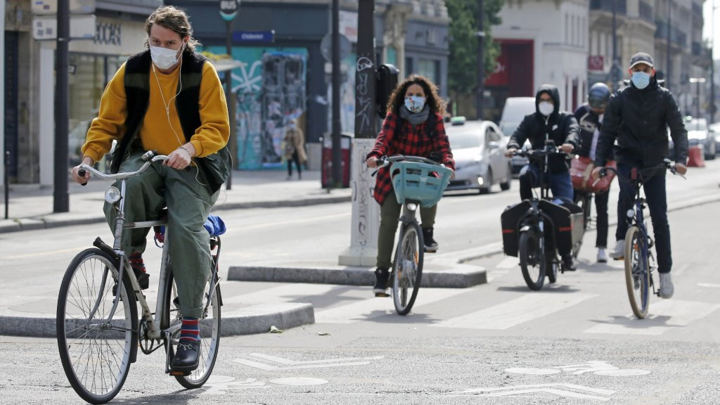 Fietsers in Parijs.