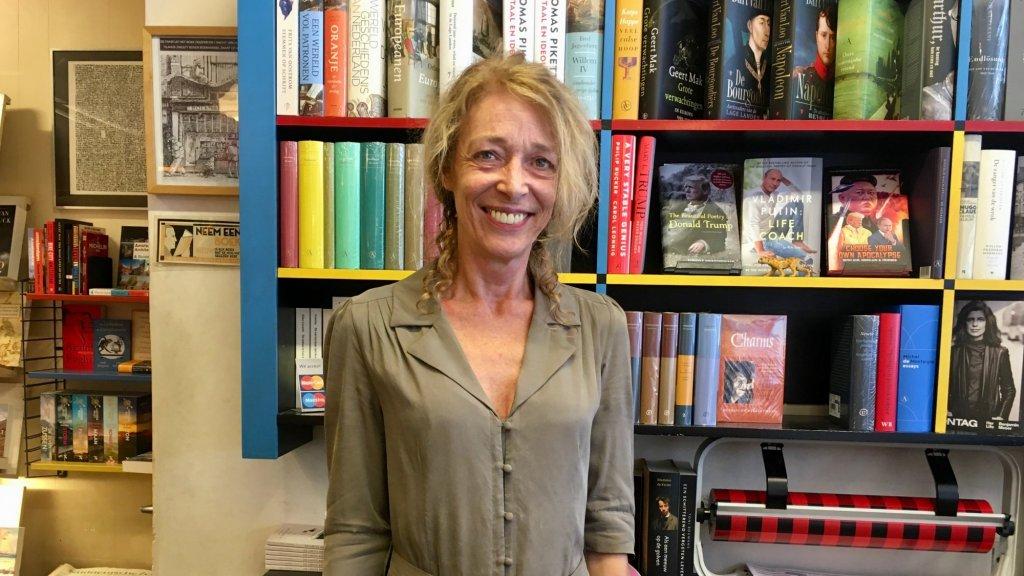 Rita Altena, boekwinkel Zwart op Wit