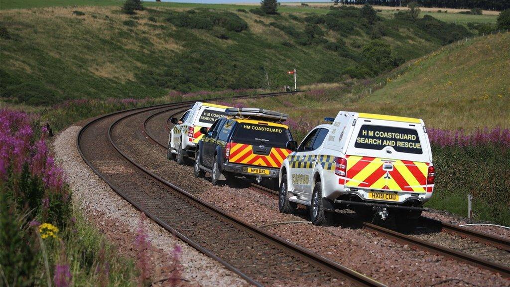 Reddingsvoertuigen proberen de plek van het ongeluk te bereiken