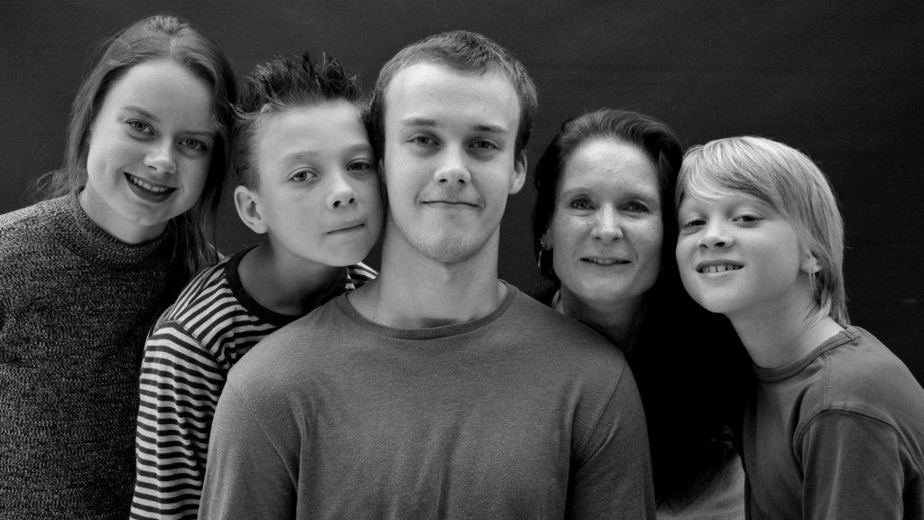 Natasja en haar gezin. Sidney in het midden.