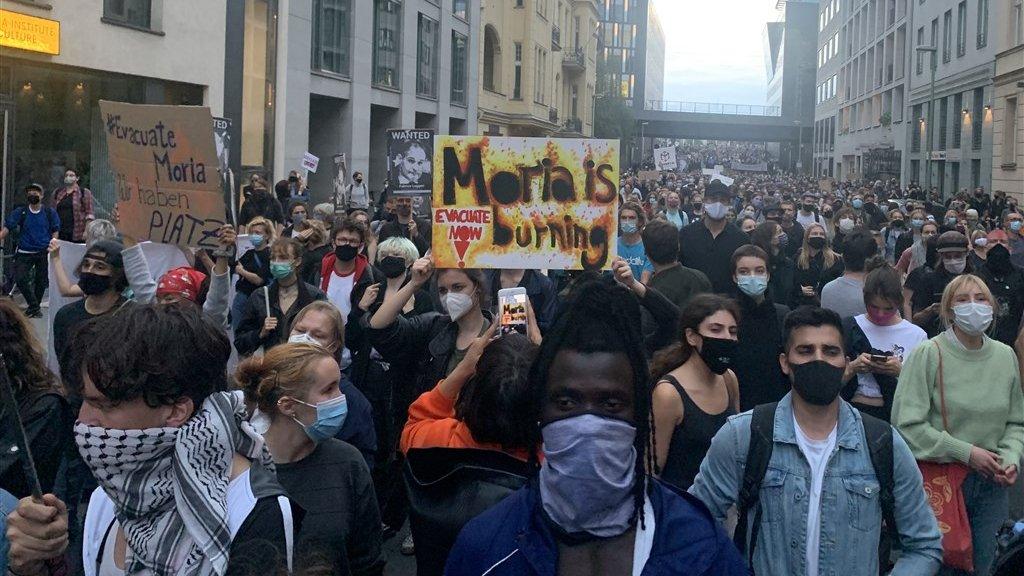 In Duitsland was gisteren een grote manifestatie waarin werd opgeroepen vluchtelingen uit Moria op te nemen