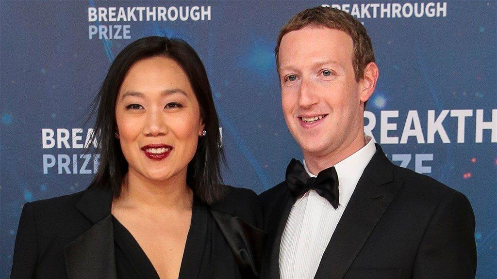 Facebook-topman Mark Zuckerberg en zijn vrouw Priscella Chan doneren 400 miljoen dollar om meer Amerikanen te laten stemmen.