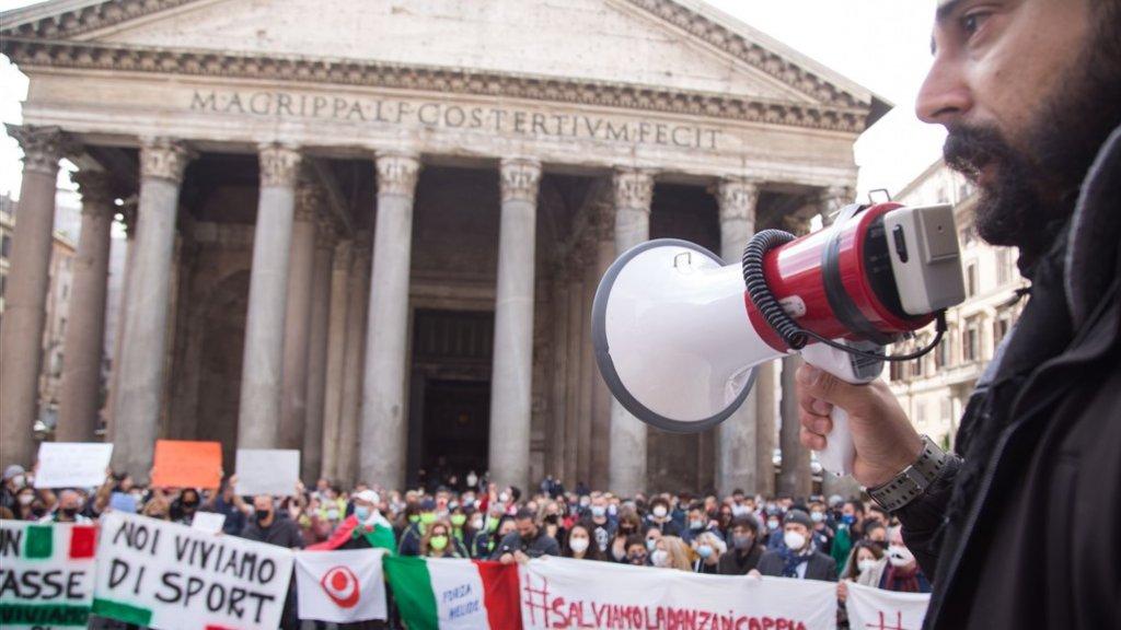 Ook de sportschoolhouders protesteren tegen de gedwongen sluiting van hun bedrijven