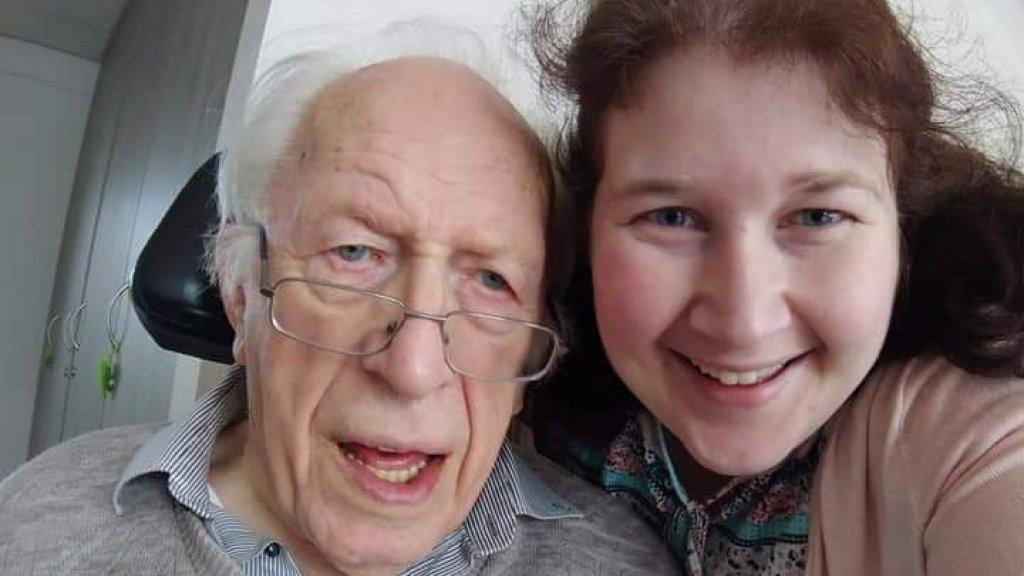 Opa Jan Leendert samen met Martine