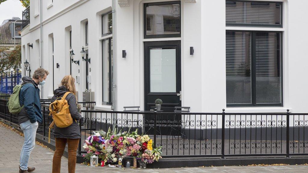 Jan werd aangevallen bij zijn huis op de hoek Spijkerstraat en Prins Hendrikstraat