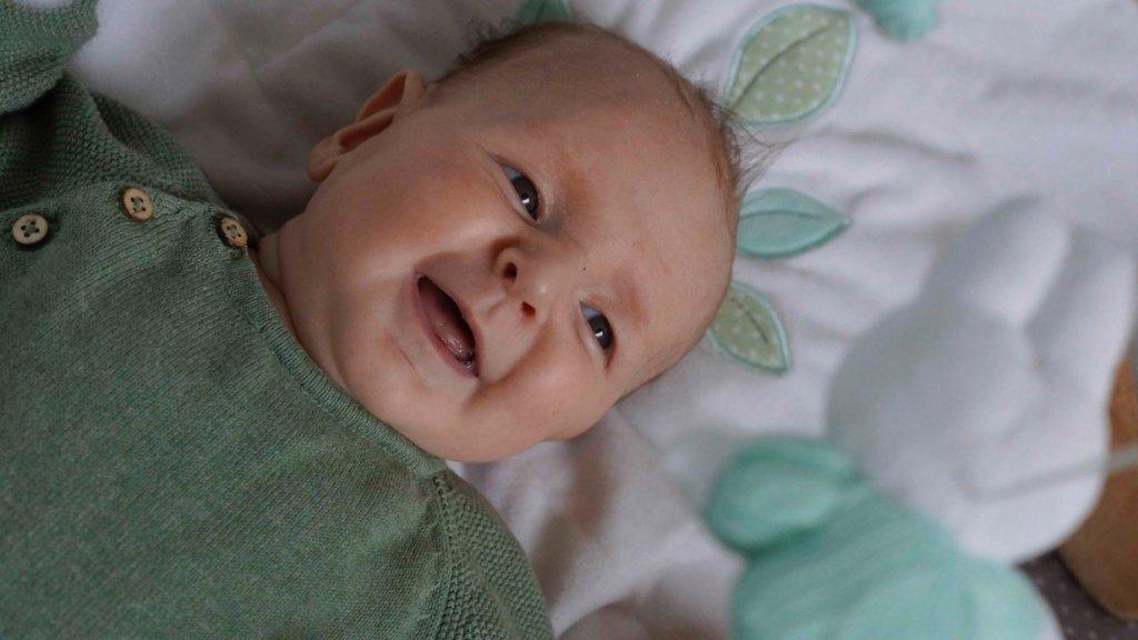 Sam als baby