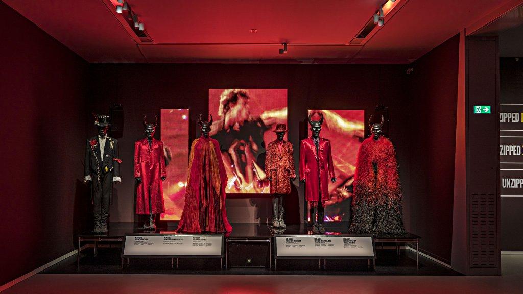 Kostuums van The Rolling Stones.