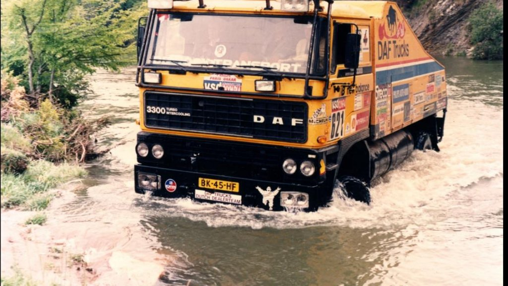 De Bull [Dakar 1985)