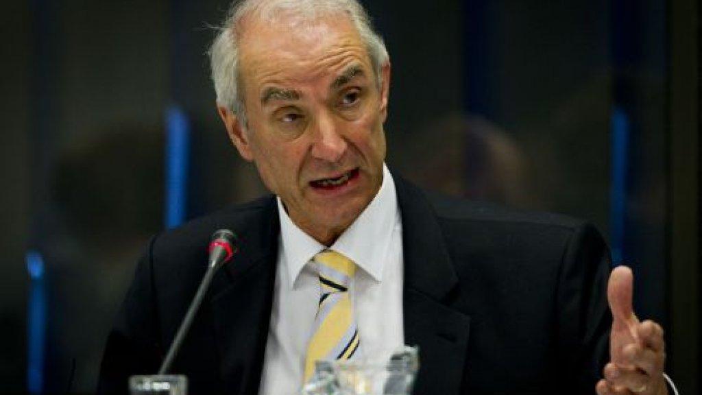 Gerd Leers gaf onder andere Mauro Manuel een verblijfsvergunning.