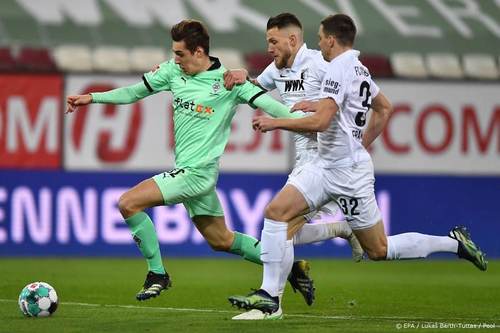 FC Augsburg beats struggling Borussia Mönchengladbach - Ruetir
