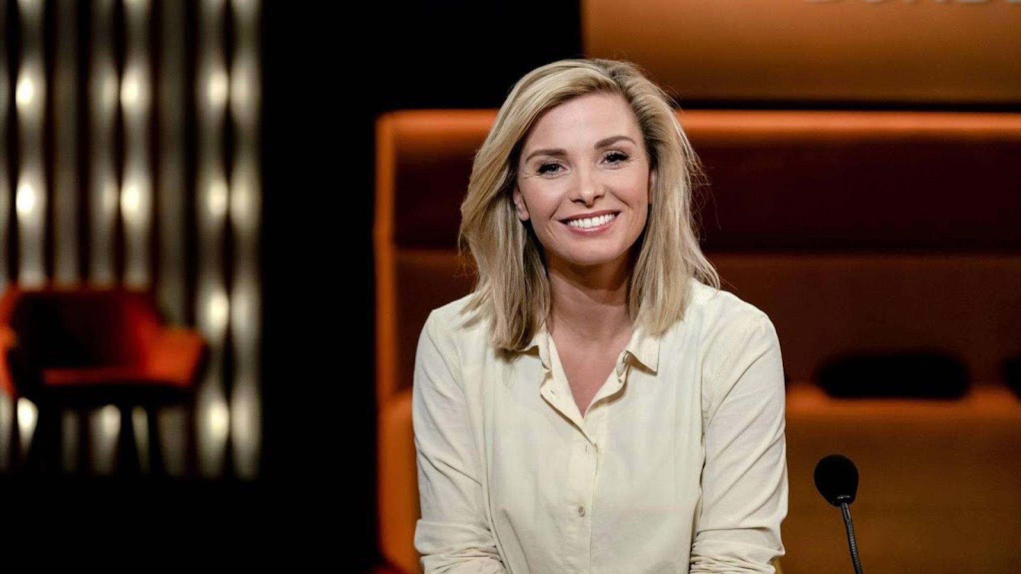 Entertainment Presentatrice Welmoed Sijtsma verbreekt verloving - RTL Nieuws