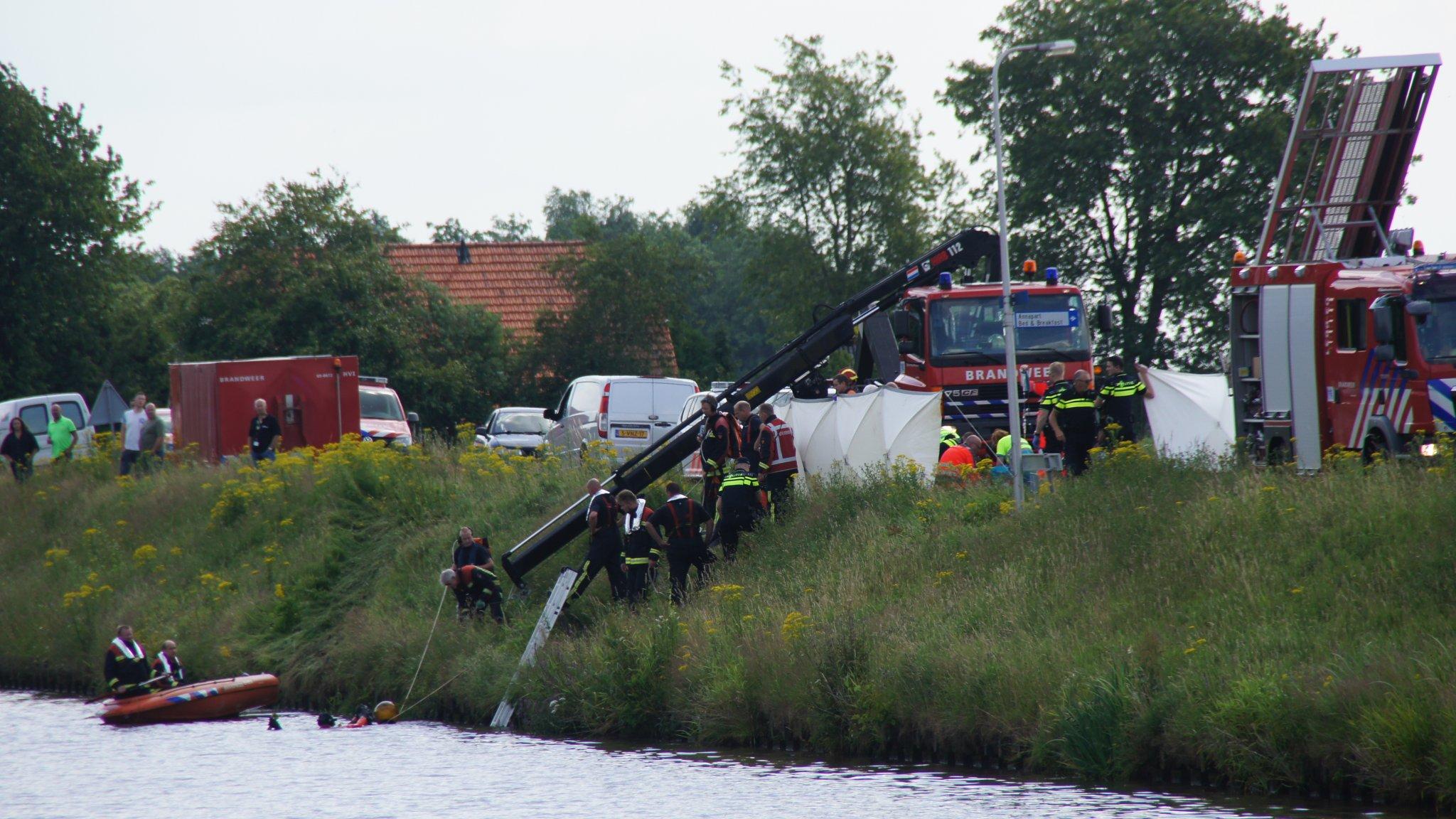 Drie volwassenen en één kind omgekomen bij ongeluk Stieltjeskanaal.