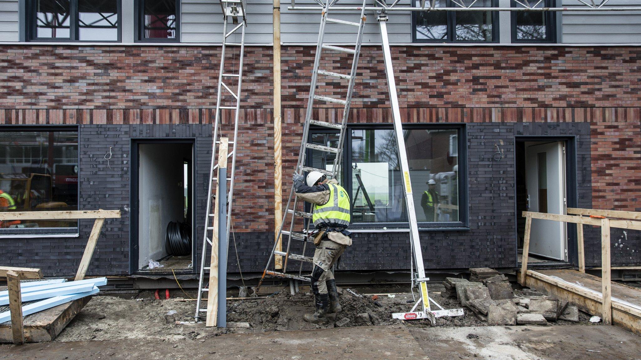 Stikstofimpasse: aantal bouwvergunningen dreigt drastisch te dalen - RTL Z