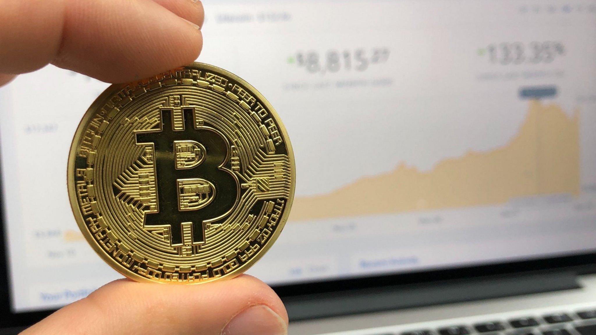 Moet je in 2019 in goud of in Bitcoins investeren?