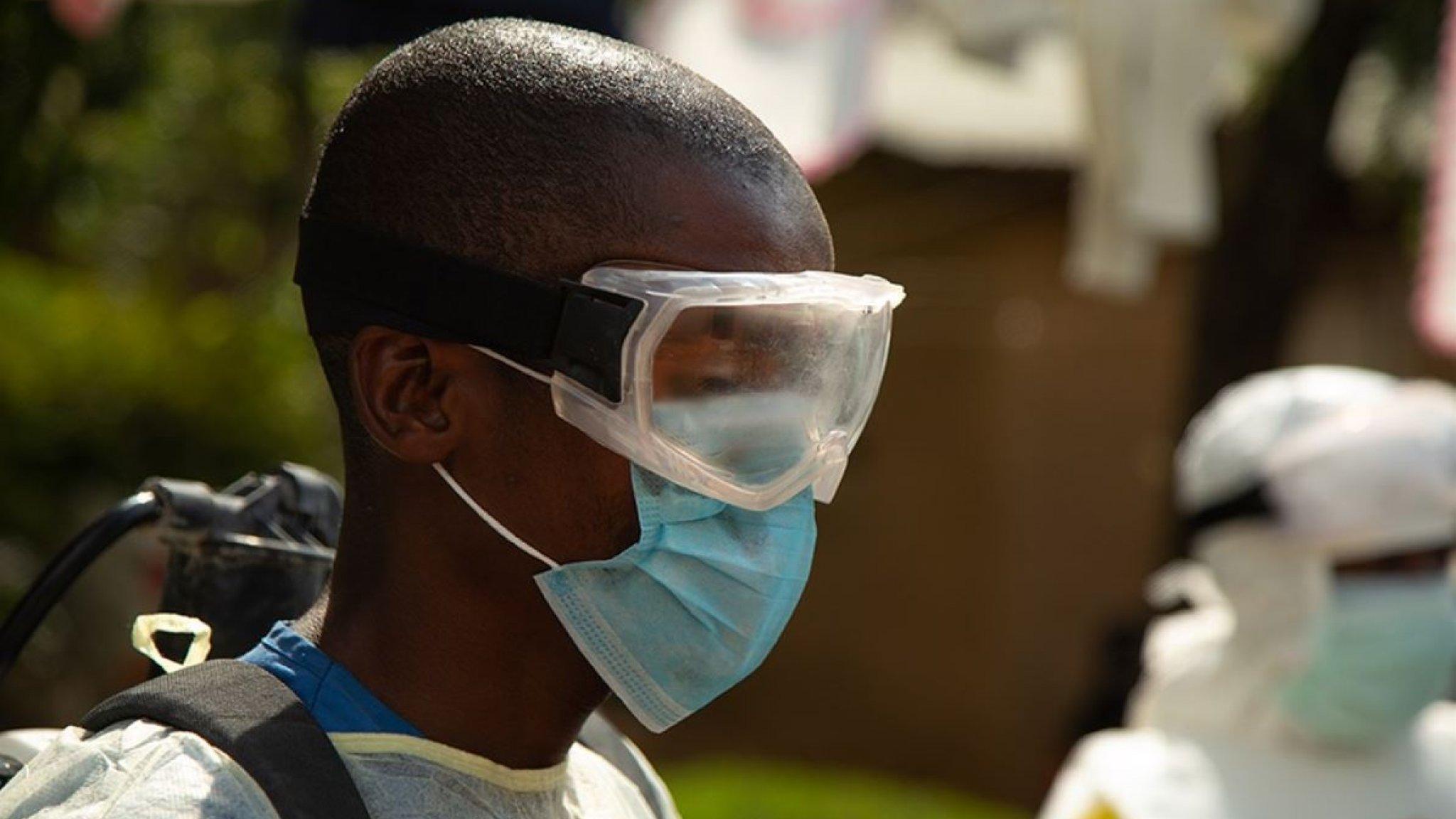 Eerste eboladoden in vijf jaar in Guinee, bezorgdheid groot - RTL Nieuws