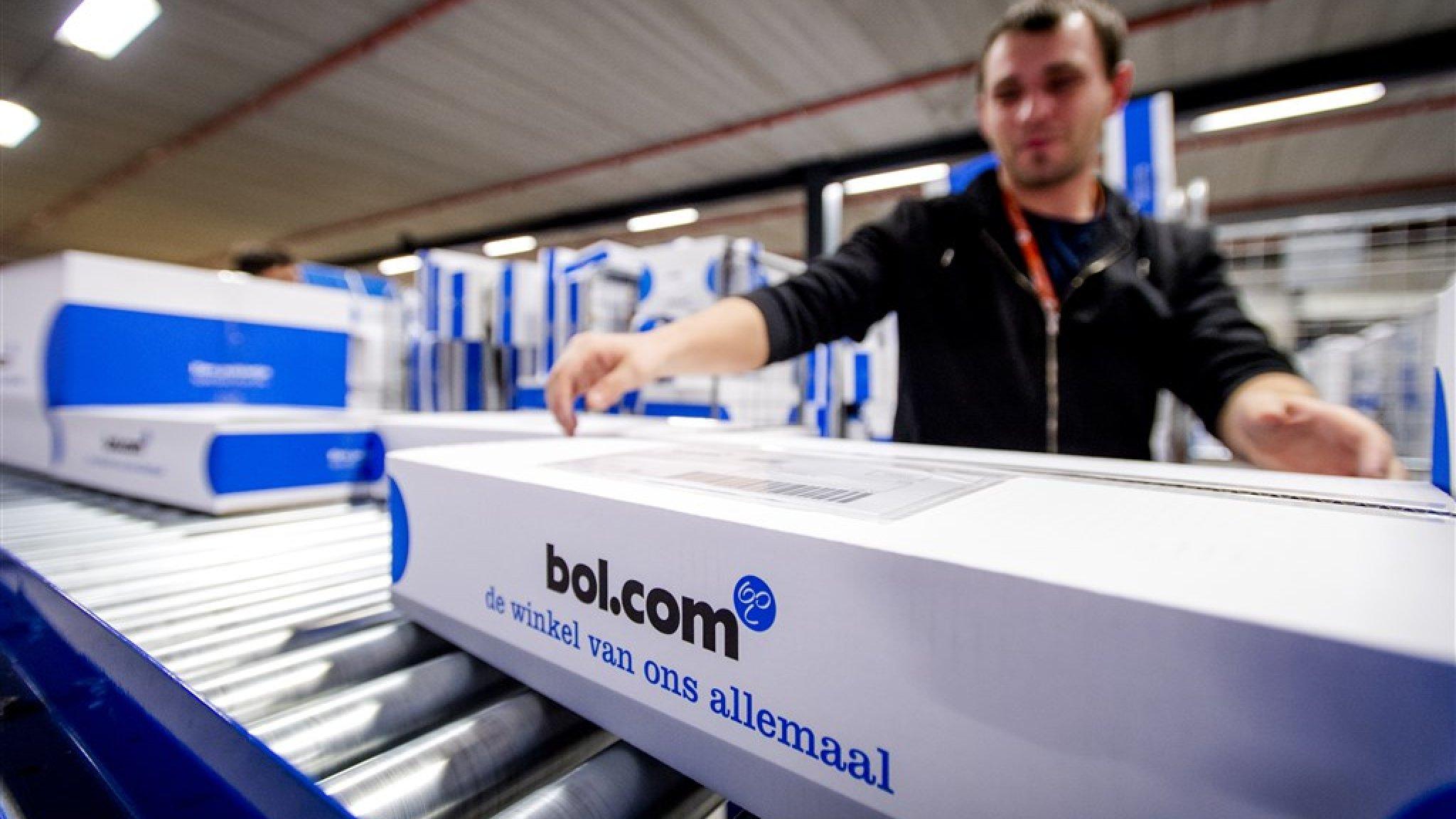 Omzet Bol.com explodeert door lockdown: +70 procent - RTL Nieuws