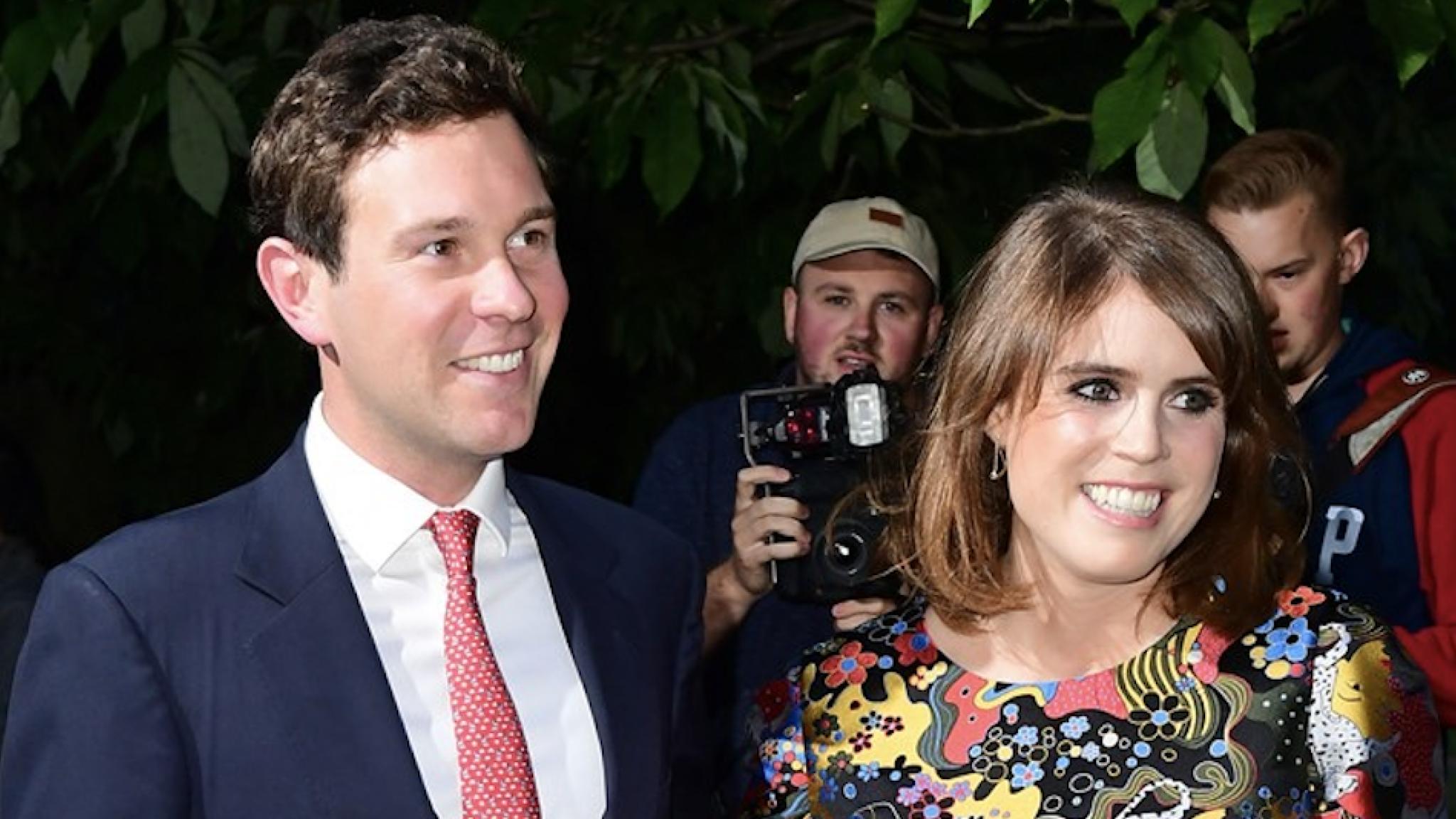 Prinses Eugenie deelt pasgeboren zoon August met de wereld - RTL Nieuws