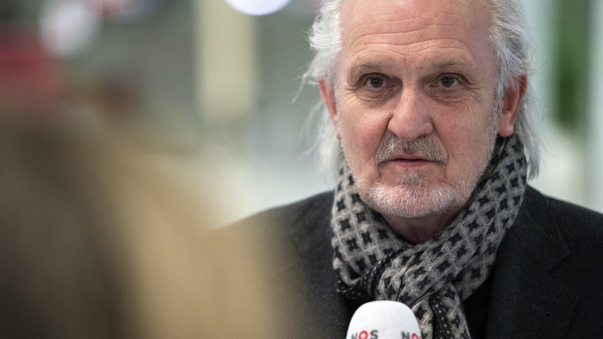 Burgemeester Hilversum: 'Gooi de terrassen weer open' - RTL Nieuws