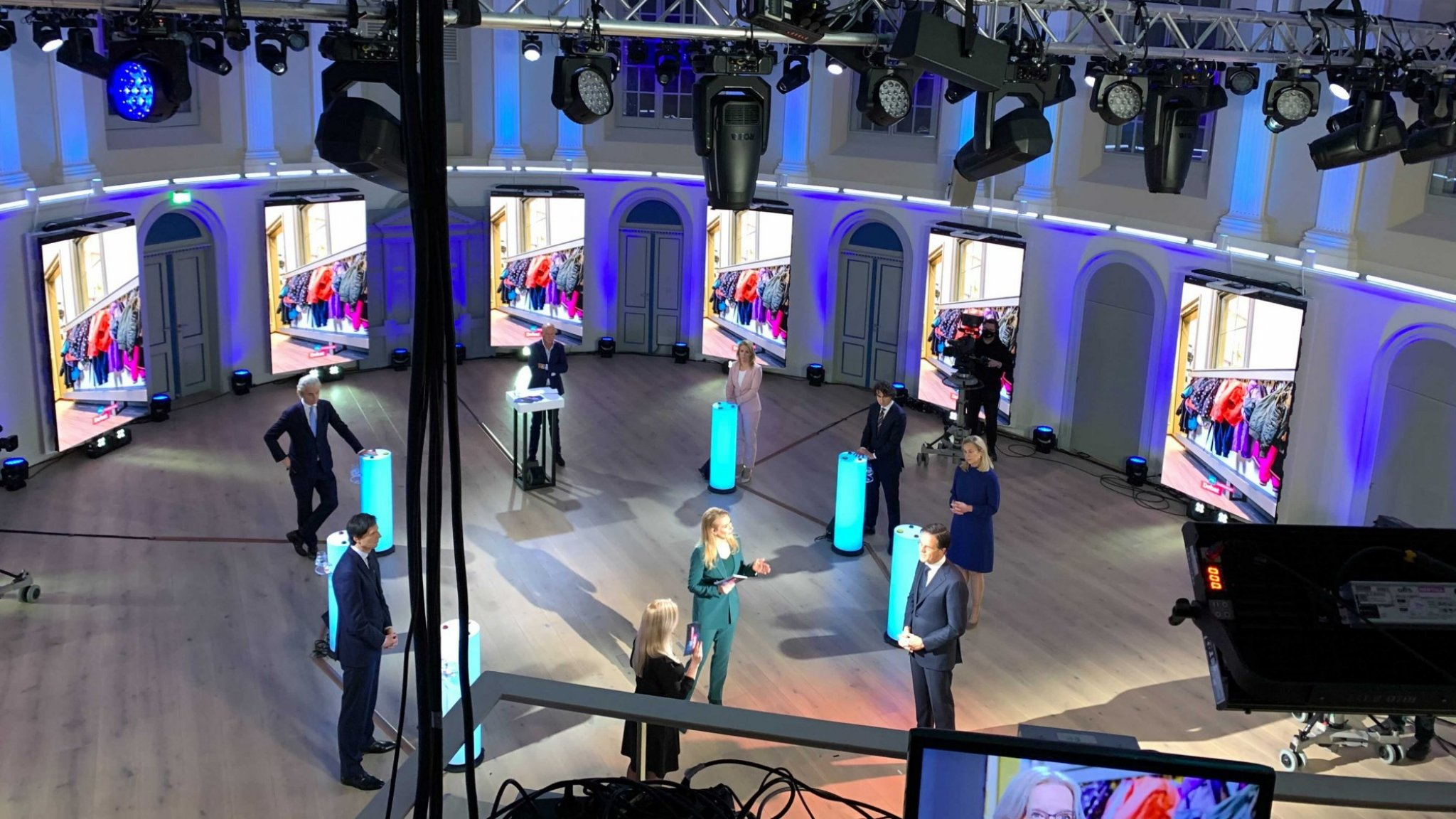Alle partijen RTL Verkiezingsdebat willen extra belasting voor allerrijksten - RTL Nieuws