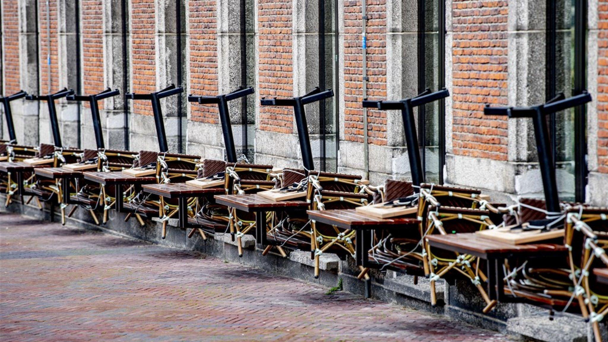 Burgemeesters grote steden doen dringende oproep: open de terrassen