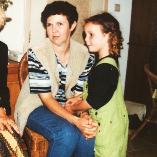 Ik als kind met mama.
