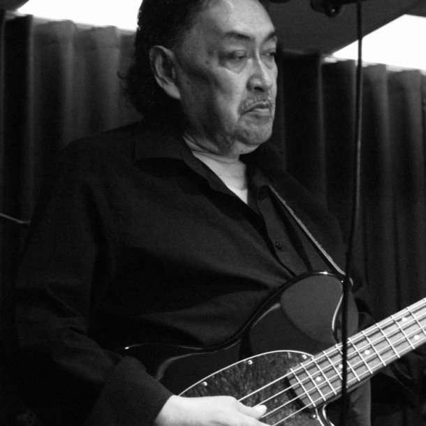 Ruud hield van muziek, hij was zelf bassist in een band.