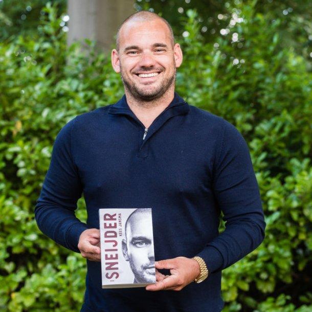 Wesley Sneijder op 'zijn' boekpresentatie