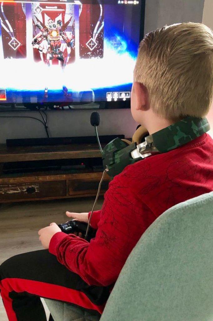 Wesley speelt in volle concentratie Apex Legends