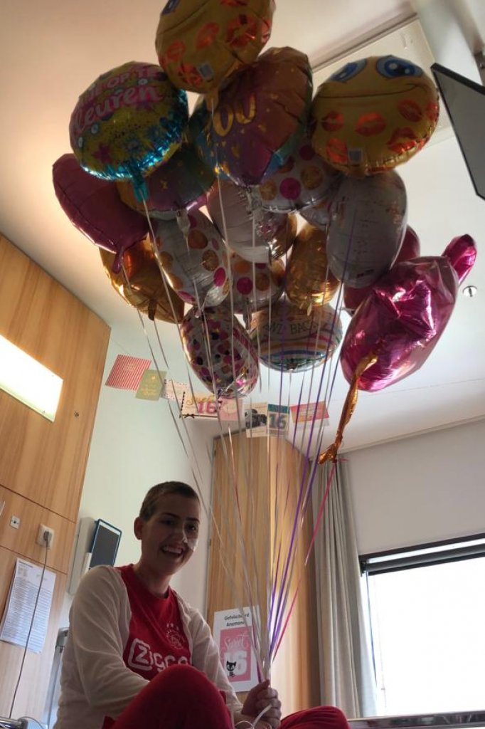 Iedereen die Anemone kent, weet: ze houdt van ballonnen.