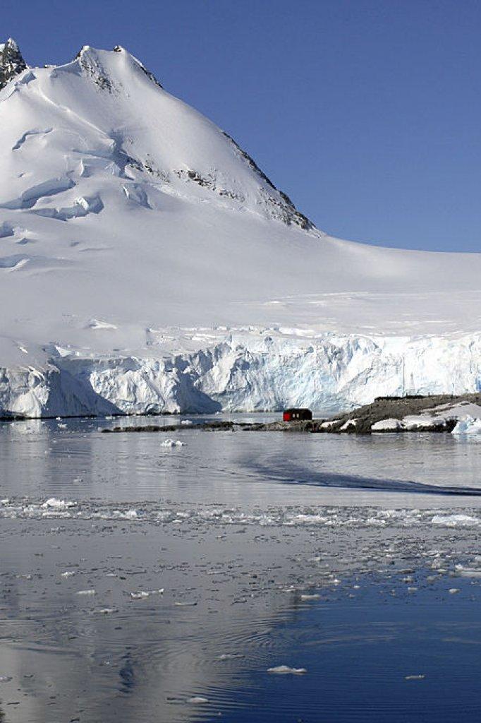 Een van de voormalige onderzoeksstations van British Antarctic Survey
