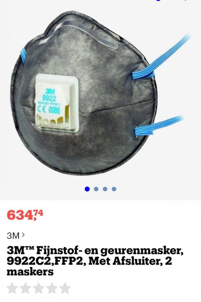 Screenshot van Bol.com, inmiddels is het masker 'niet leverbaar'.