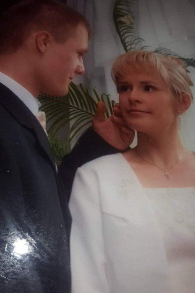 Marcin en zijn vrouw tijdens hun huwelijk.